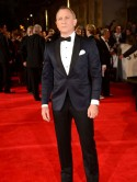 Daniel Craig looks super cool at Skyfall London premiere