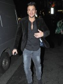 Peter Andre enjoys night out in London with TOWIE cast