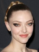 Amanda Seyfried's sexy premiere plait