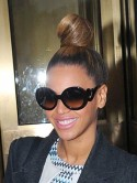 Beyonce Knowles rocks sleek bun for shopping trip with Jay-Z