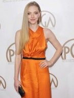 Amanda Seyfried and Anne Hathaway break black dress style trend at LA awards bash