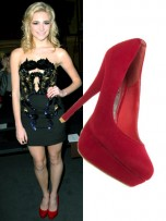 Pixie Lott | Top 10 celebrity shoes | Pictures | Now Magazine | Celebrity Gossip | Fashion | News | Photos