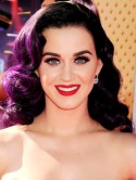 Katy Perry does an Angelina Jolie