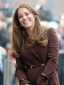 Pregnant Kate Middleton recycles her brown Hobbs coat for  Prince's Trust visit to Grimsby