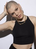 OMG! Jessie J shows off bald head after shaving hair for Comic Relief