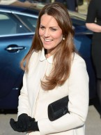 Pregnant Kate Middleton reveals baby bump on visit to Child Bereavement UK