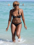 Hot celebrity bikini bodies 2013