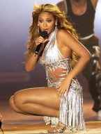 Beyonce Knowles' Top 10 hot and sexy stage looks