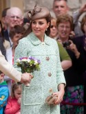 Kate Middleton displays baby bump in mint green Mulberry at Scouts event without Prince William