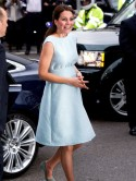 Pregnant Kate Middleton stuns in baby blue dress at National Portrait Gallery without Prince William
