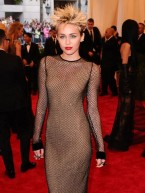 Met Ball 2013: Celebrity fashion disasters