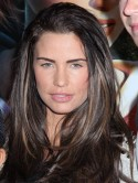 Katie Price hits back after being called 'vile' on Twitter for using sunbed while pregnant