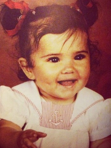 Aw Cheryl Cole Shares Cute Picture Of Herself As Chubs