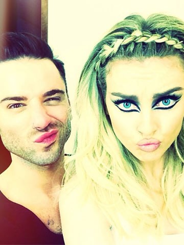 Zayn Malik's girl Perrie Edwards strips off make-up for ... Zayn 2014 Selfie